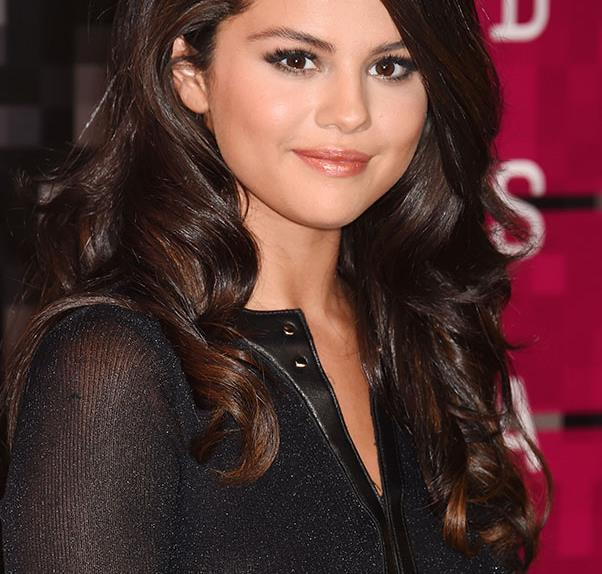 Selena Gomez Demonstrates The Art Of The Tasteful Instagram Nude