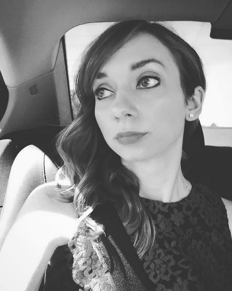 <strong>Lauren Lapkus</strong> <br> <br> <em>Pretending to gaze longingly out the window as I head to the #Emmys</em>