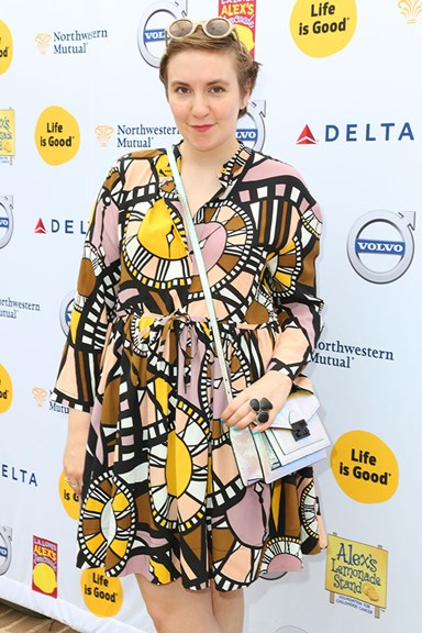 Does Homer Simpson Cheat On Marge With Lena Dunham?