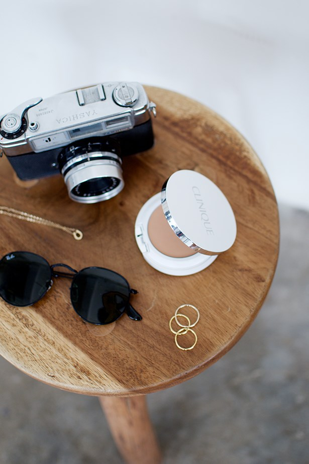 <strong><em>Those 'It' shades</em></strong> <br><br> Investing in a new pair of bang on trend shades is a great way to update your look without having to splurge on that 'it' bag. Round Ray Bans are here to stay for at least a few seasons so are a great choice.