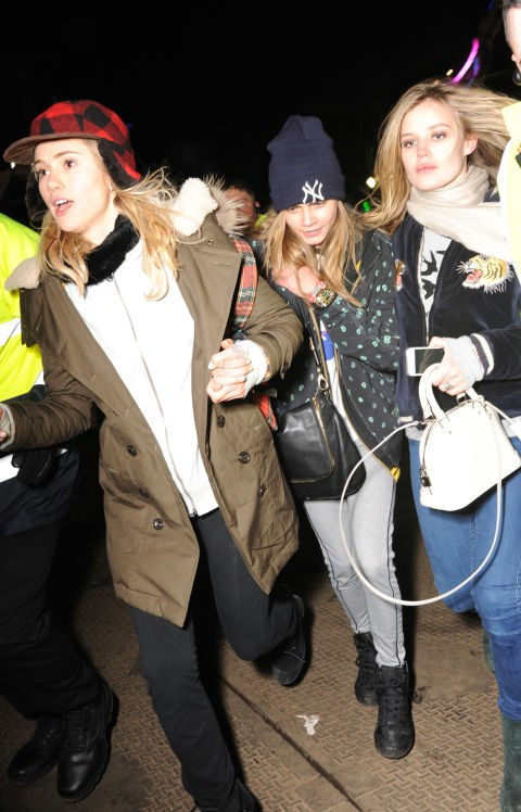 <strong>SUKI WATERHOUSE AND CARA DELEVINGNE, WITH GEORGIA MAY JAGGER</strong>