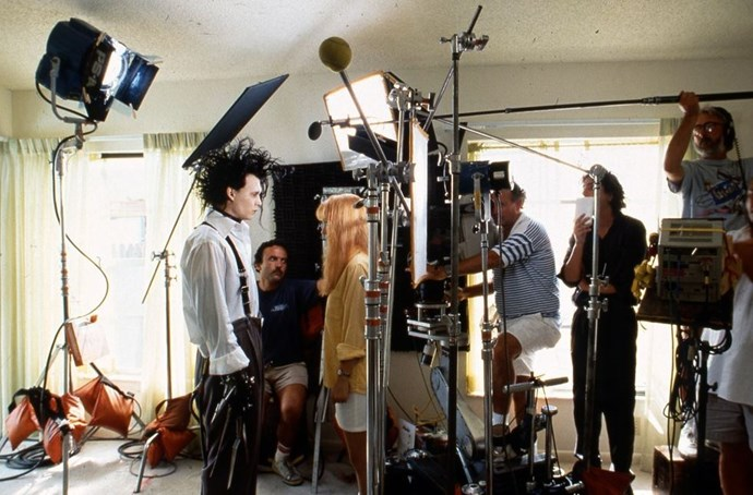 "<strong>Edward Scissorhands (1990)</strong> <br> <br> Winona Ryder and Johnny Depp during a scene in Edward Scissorhands. <br> <br> Image: <a href=""http://www.buzzfeed.com/keelyflaherty/behind-the-scenes-photos-of-edward-scissorhands#.ob3arxLX1O"">20th Century Fox</a>"