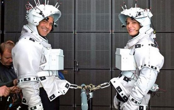 "<strong>Gravity (2013)</strong> <br> <br> George Clooney and Sandra Bullock. <br> <br> Image: <a href=""https://twitter.com/MakingOfs/status/643875737322303489/photo/1"">Twitter</a>"