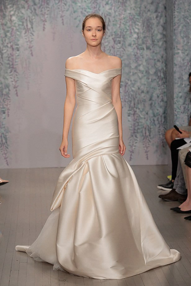 Simple and chic at Monique Lhuillier