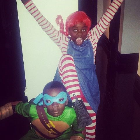 <strong>MADONNA'S KIDS DAVID AND MERCY</strong> <br> As a ninja and Raggedy Ann.