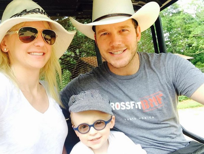 """Anna coined the term 'felfie' for a family selfie: """"You can tell by our faces that I've been trying to take this felfie for a while"""" <br> <br> Image: <a href=""""https://twitter.com/AnnaKFaris/status/598200022073651200/photo/1"""">Twitter</a>"""