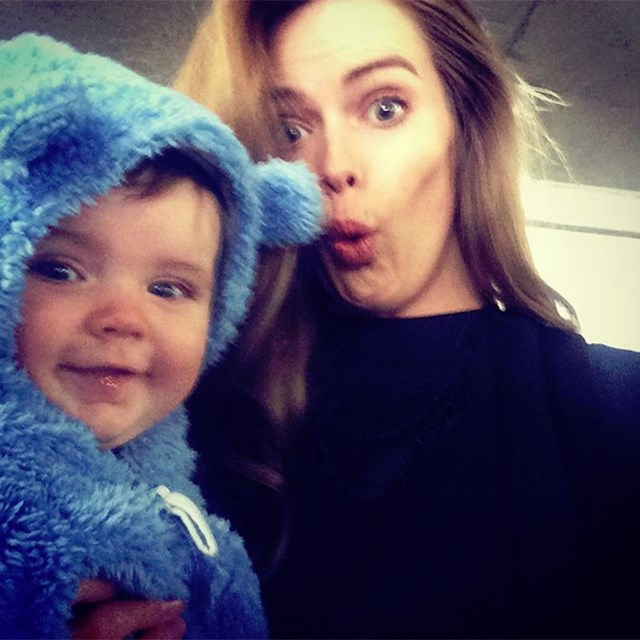 @robynlawley1 and her daughter are so cute we cannot handle.