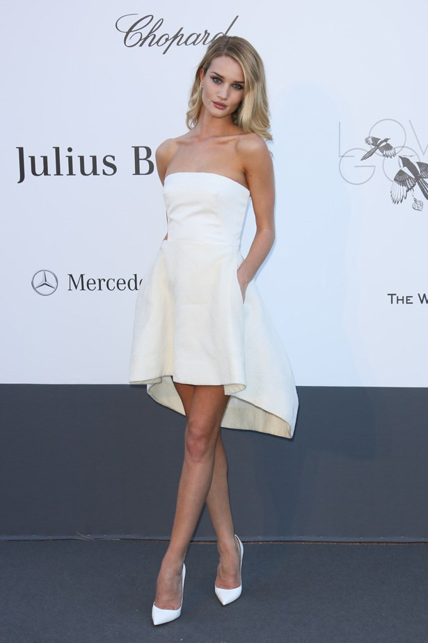 Rosie Huntington-Whitley looks heavenly in this Dior creation.