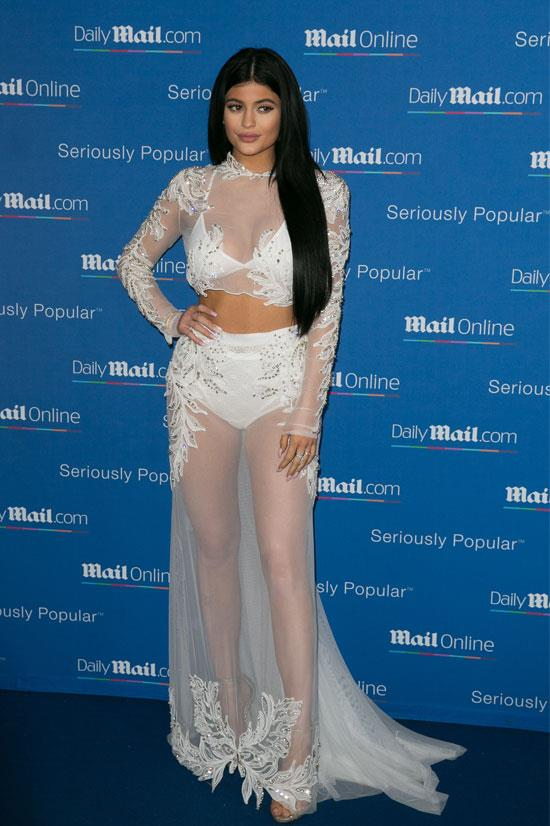 "Kylie in this potential <a href=""http://www.elle.com.au/fashion/celebrity-style/2015/11/12-unconventional-wedding-dresses/"">wedding dress for the unconventional bride</a>?"