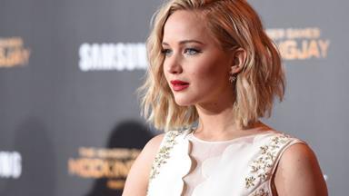 """Jennifer Lawrence Got """"Really Drunk"""" Before Her Sex Scene With Chris Pratt"""