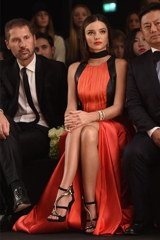 Miranda looking picture perfect at Milan fashion week.