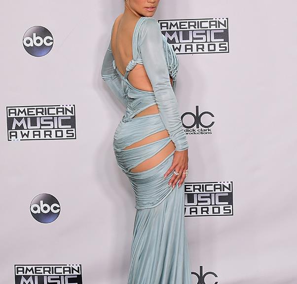 Jennifer Lopez at the 2015 American Music Awards
