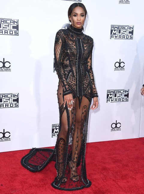 <strong>CIARA IN REEM ACRA</strong> <br><br> Attending the 2015 American Music Awards, November 22.
