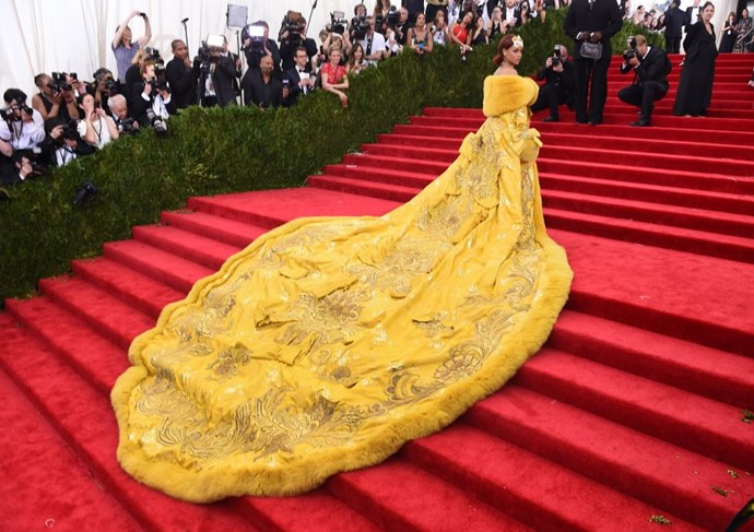 <strong>RIHANNA IN GUO PEI COUTURE</strong> <br><br> Attending the <em>China: Through the Looking Glass</em> Costume Institute Benefit Gala at Metropolitan Museum of Art, May 4.
