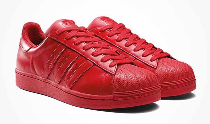 "<strong>ADIDAS PHARRELL SUPERCOLOR SNEAKER</strong> <a href=""http://www.global.adidas.com/supercolor#landing"">www.global.adidas.com</a>"
