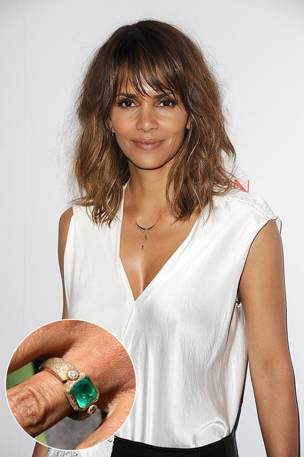 **Halle Berry**<br><br>  Halle Berry's short lived marriage to Olivier Martinez started with this yellow gold and emerald ring.