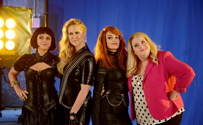 Tina Fey And Amy Poehler Mock Taylor Swift's Girl Squad On SNL