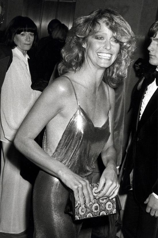 <strong>Farrah Fawcett at the Oscars, 1978</strong> <br><br> Farrah Fawcett's sparkly gold gown was super modern for its time.