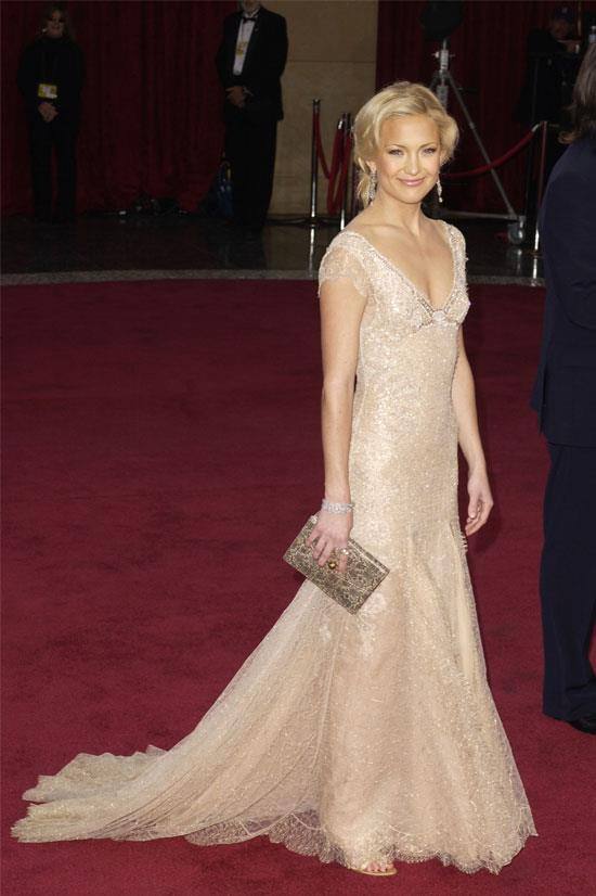 <strong>Kate Hudson at the Oscars, 2003</strong> <br><br> Kate Hudson was perfectly princess-like in this Atelier Versace gown.