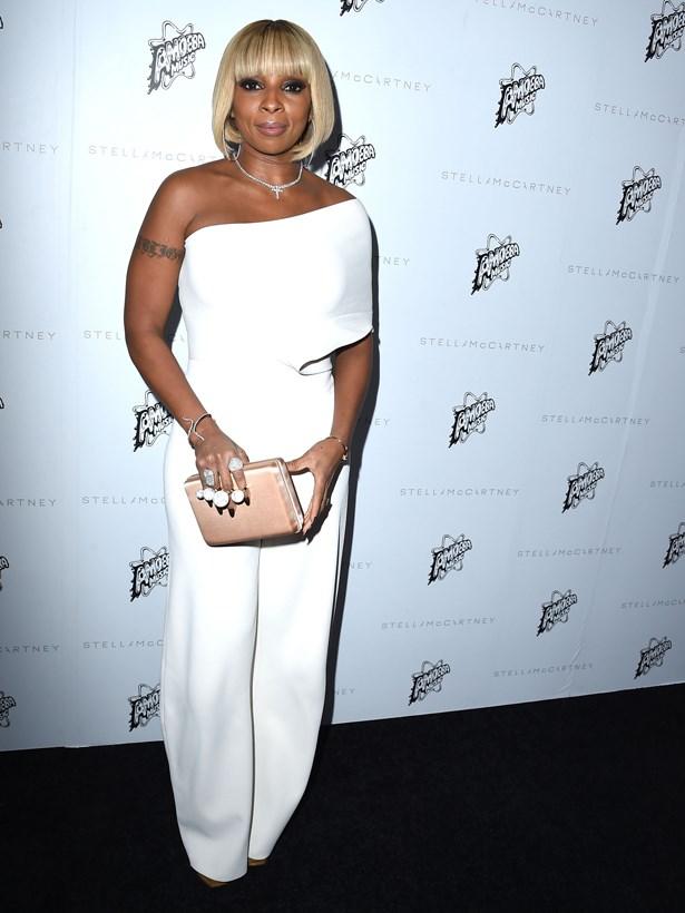 Mary J Blige.