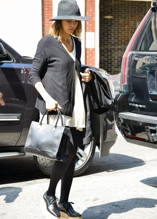 <p><strong> Celebs wearing Stella McCartney platforms: Jessica Alba</strong></p> <p>Jessica Alba gave us a lesson on how to look cool while running errands.</p>