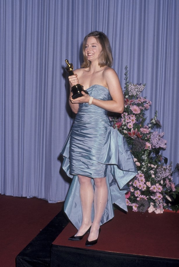 Taffetta ruffles, sheer sparkly tights and pointed black pumps? Jodie Foster's 1988 look was definitely '80s.