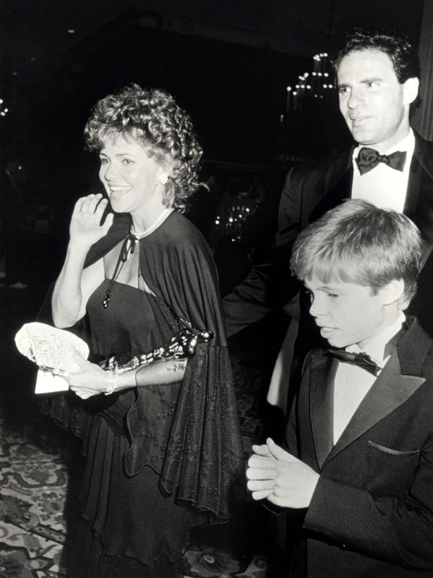 Sally Field wore this amazing black cape in 1984.