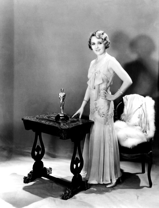Mary Pickford didn't disappoint for her win. She wore a flapper-style chiffon dress with an ankle-grazing hemline in 1928.