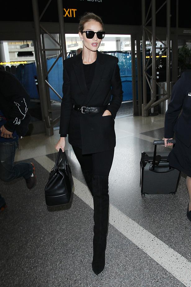 Rosie went with an all black look at the airport.