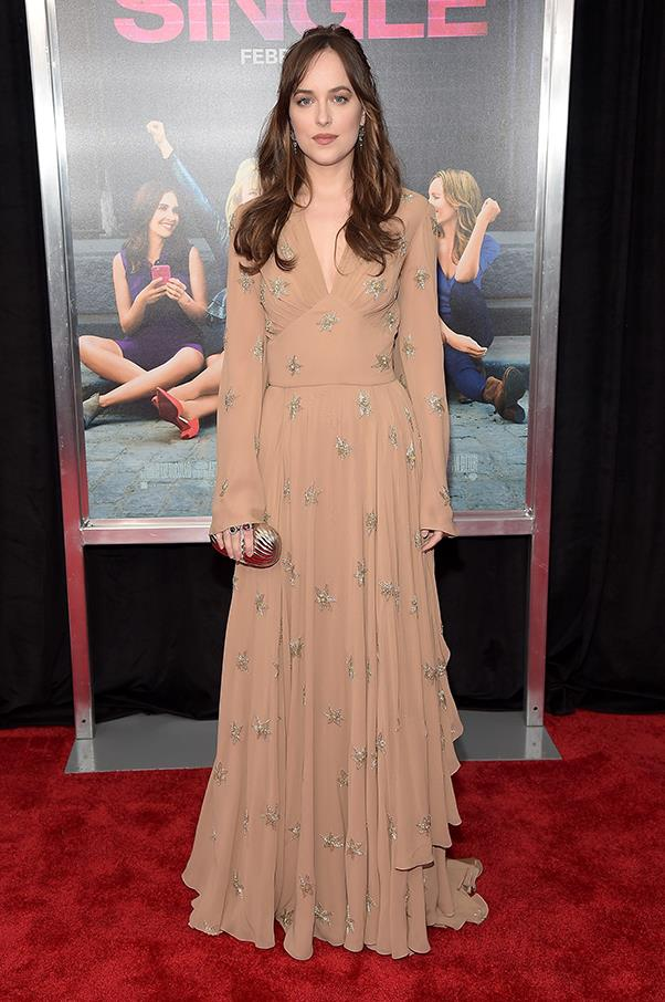 Dakota wore this nude, star-embellished long-sleeved gown to the premiere of her latest movie, <em>How To Be Single</em>.