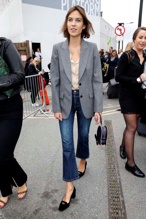 Alexa demonstrates how to pull of wearing a pair of cropped denim jeans, wowzers.