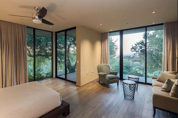 """Image via <a href=""""https://www.airbnb.com/rooms/10746531"""">AirBnB</a>."""