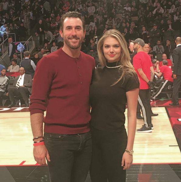 "Kate Upton and her boyfriend shirked the dinner-and-a-movie formula for a date courtside, ""What an awesome #nbaallstar weekend! perfect way to spend #valentinesday #loveandbasketball  @nba @justinverlander"""