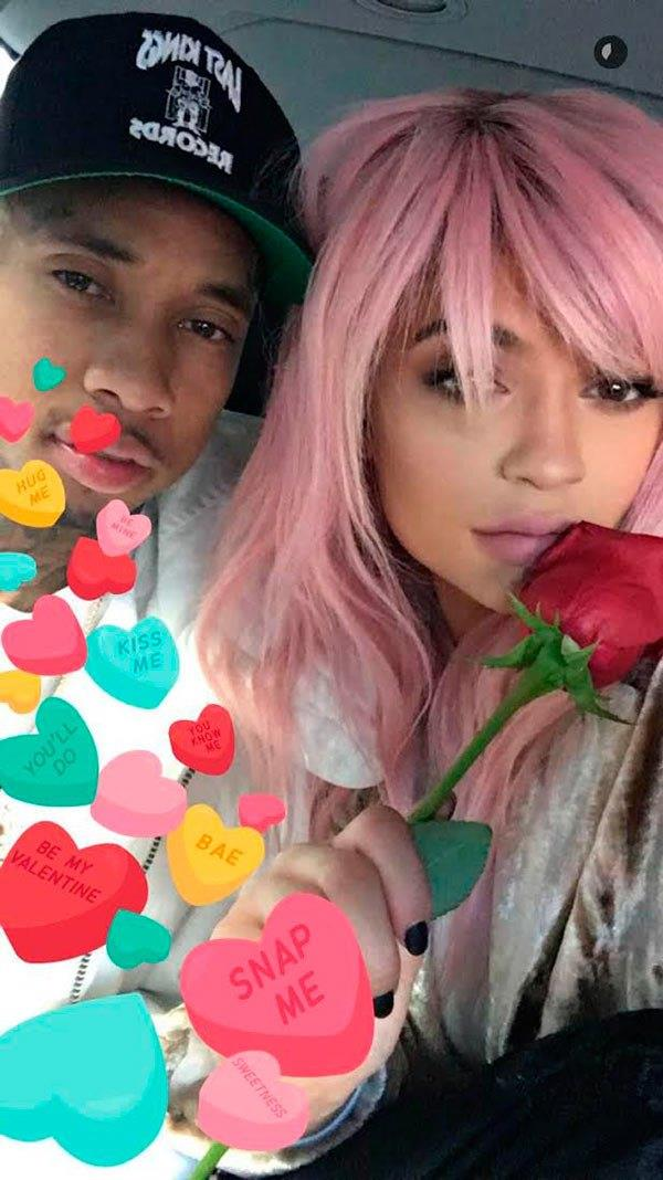 Kylie and Tyga dispelled break-up rumours with a pink wig-topped helicopter ride over New York.