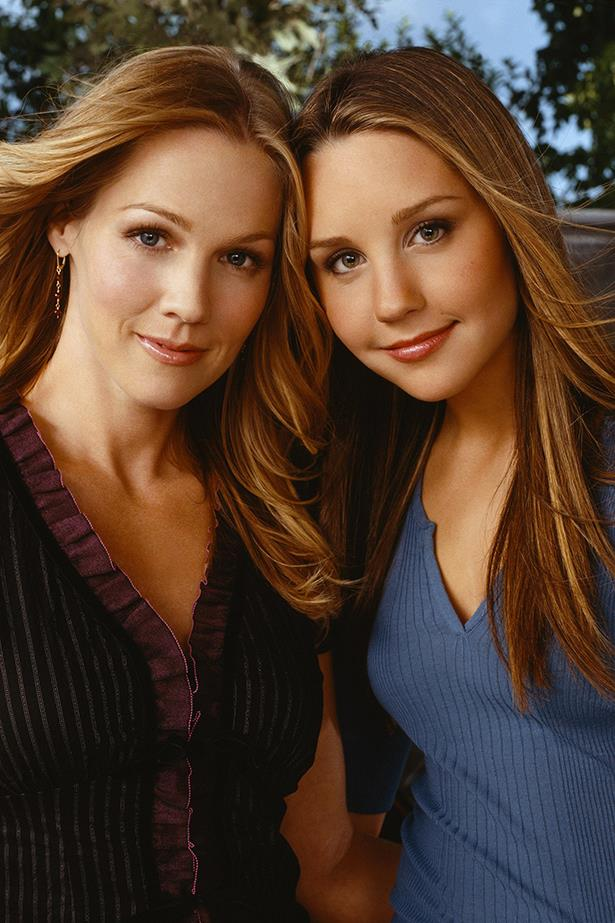 """**Holly and Valerie, *What I Like About You*** <br><br> Amanda Bynes and Jennie Garth clashed on the set of *What I Like About You* so much that Amanda once called Jennie the """"meanest actress who ever walked onto a television set""""."""