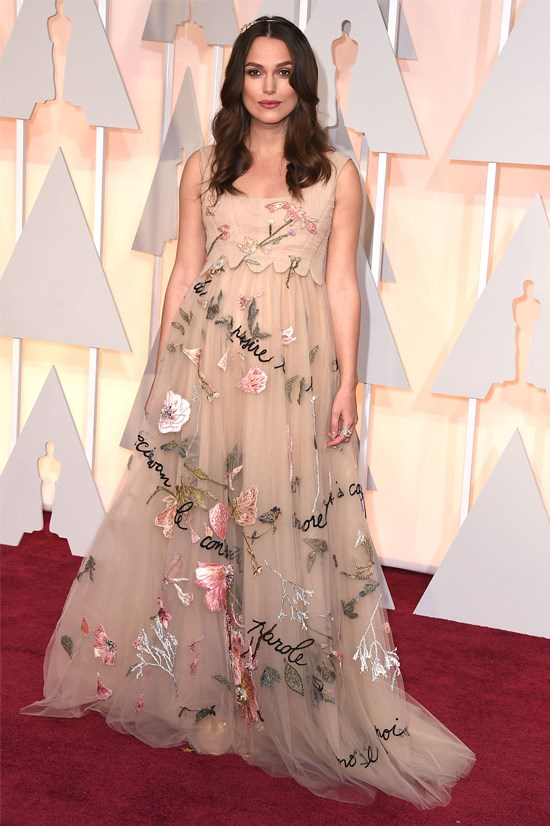 <strong>Keira Knightley</strong>, 2015 <br><br> <strong>Designer:</strong> Valentino Couture <br> <strong>Why we love it:</strong> Keira was effortlessly feminine and radiant in this Valentino gown. <br><br> <strong>TOP 3 DESIGNER COUNT:</strong> <br> Elie Saab with 4 dresses <br> Prada with 3 dresses <br> Givenchy, Dior and Saint Laurent all with 2 dresses