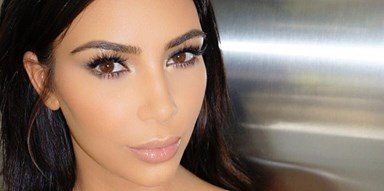 "Kim Kardashian's ""Natural"" Beauty Look Requires 3 Different Eyeliners"