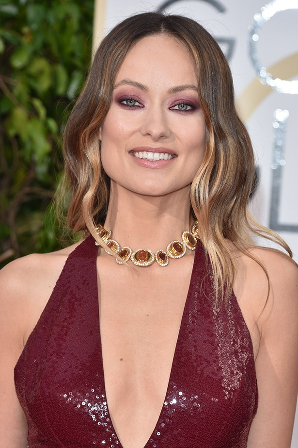 2016, the brunette beauty coordinates her look with a matching burgundy eye at the 73rd Golden Globe Awards.
