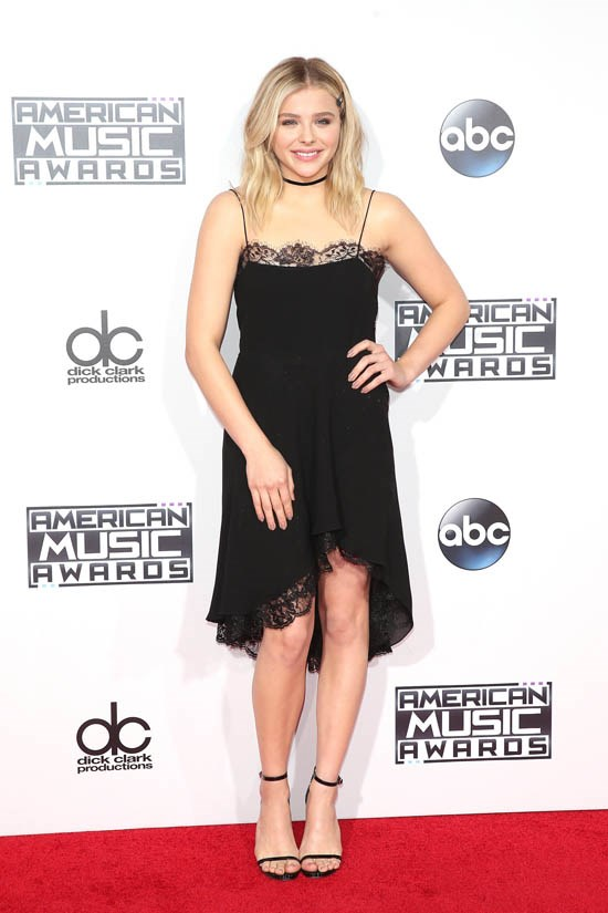 <strong>Chloë Grace Mortez, November 2015</strong> <br><br> 2015 American Music Awards.