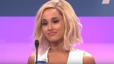 Ariana Grande Impersonates Jennifer Lawrence On 'Saturday Night Live'