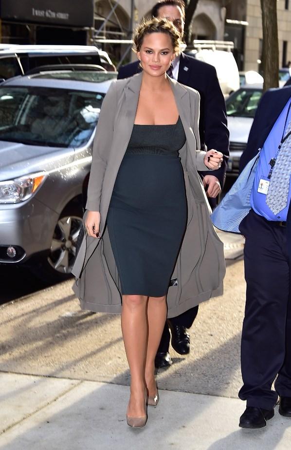 Chrissy Teigen maternity style.