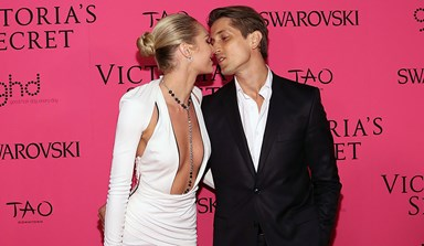 Candice Swanepoel Shares Her First Pregnant Selfie