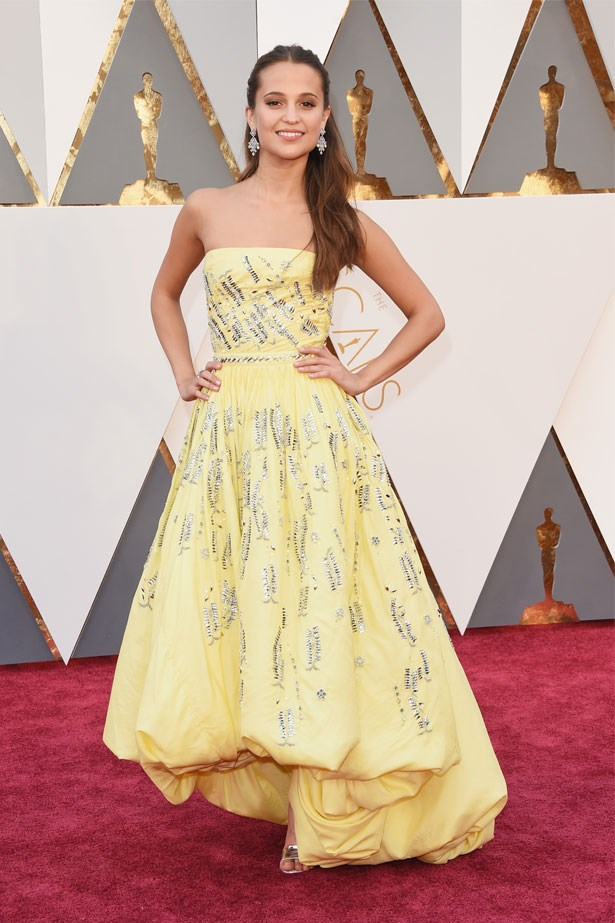 Alicia Vikander at the 88th Annual Academy Awards, February 2016