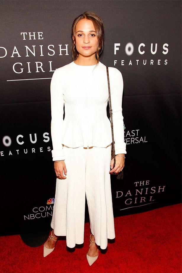 Alicia Vikander attends the Washington DC premiere of <em>The Danish Girl</em>, November 2015