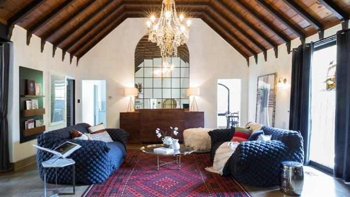"Image via <a href=""http://www.sothebyshomes.com/Los-Angeles-Real-Estate/sales/0286566"">Sotheby's International Realty</a>."
