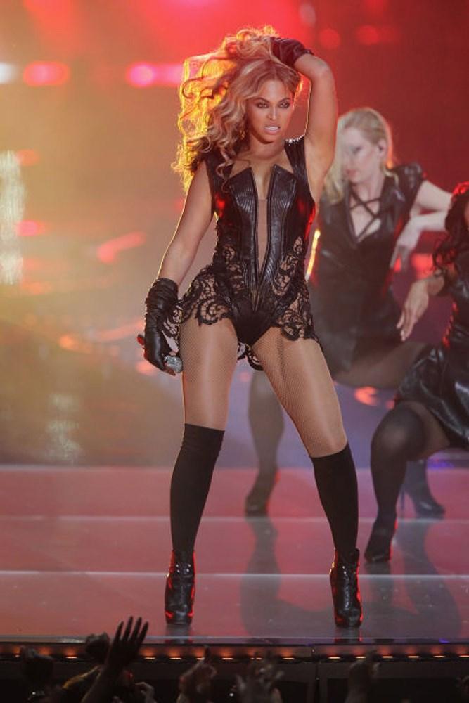 The Super Bowl 2013 bodysuit with leather, cutouts, lace, BEYONCÉ.