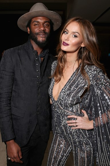 Nicole Trunfio Just Gave Us A (Blurry) First Look At Her Wedding Dress