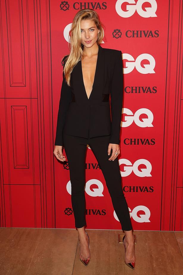 Jess Hart dips low in all black.