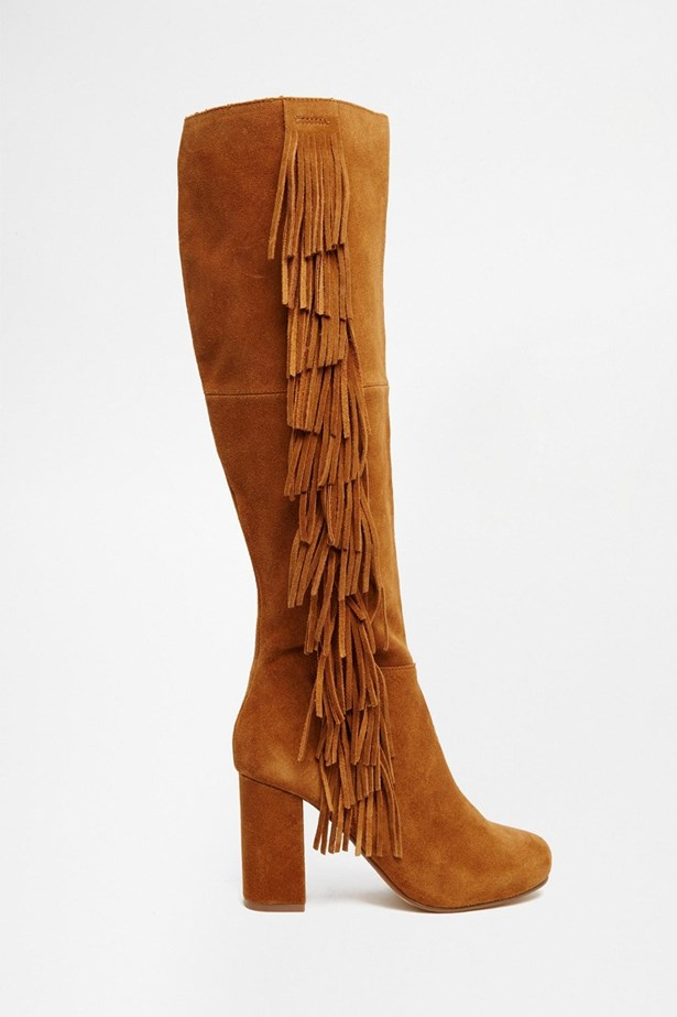 "<a href=""http://www.asos.com/au/River-Island/River-Island-Side-Fringe-Knee-High-Boot/Prod/pgeproduct.aspx?iid=5769489"">Fringe Knee High Boot, $80, River Island at Asos.com/au</a>"
