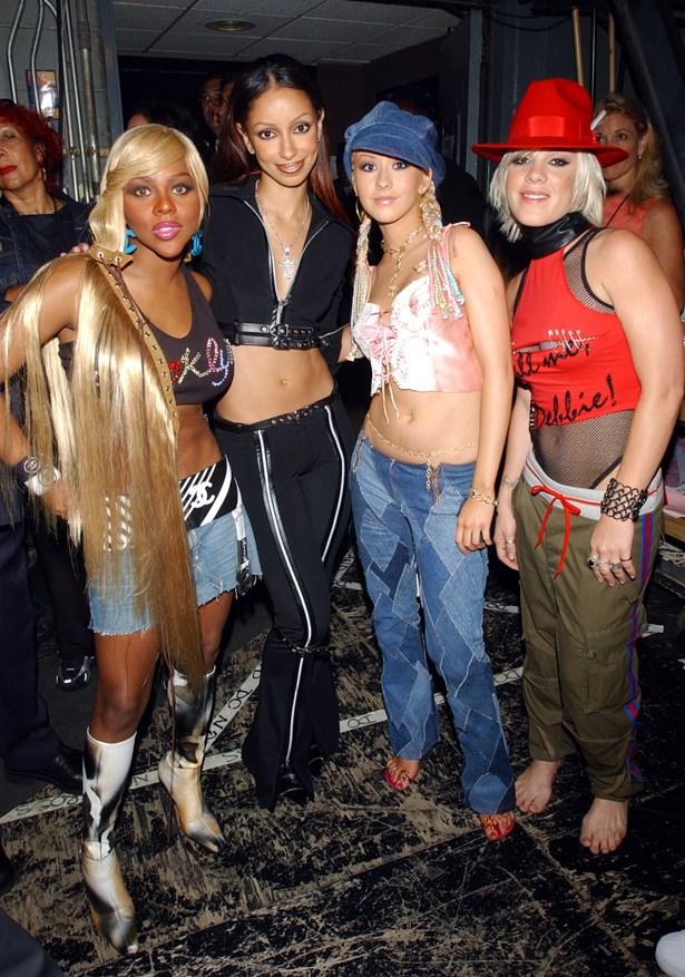 Lil Kim, Christina Aguilera, Pink and Mya at the 2001 MTV Music Awards.